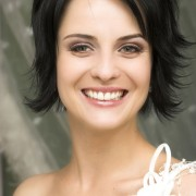bride-with-short-hair